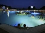 Romantisches Mondscheinschwimmen in der Therme Loipersdorf
